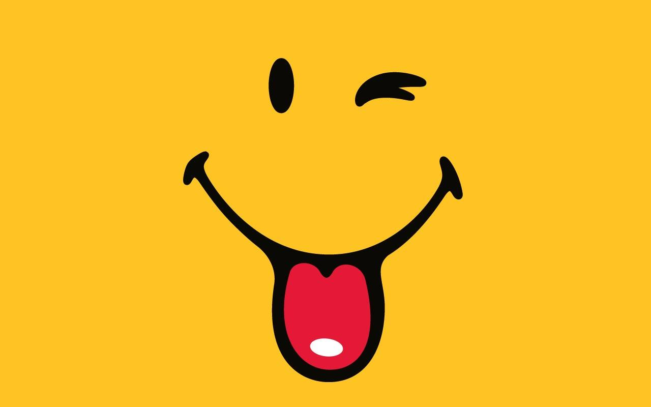 5658833-smiley-wallpaper